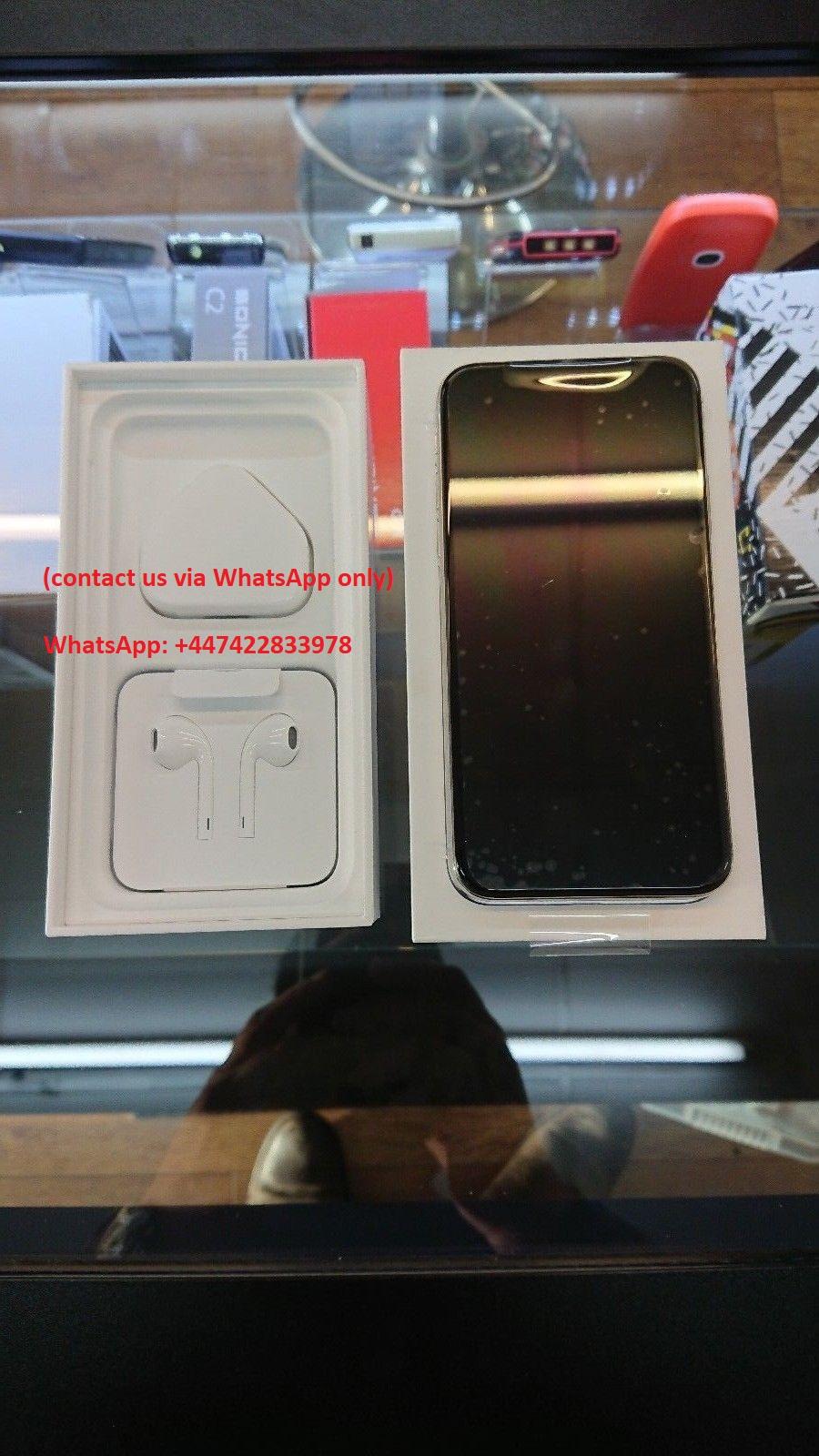 Apple iPhone X Show 4.jpg